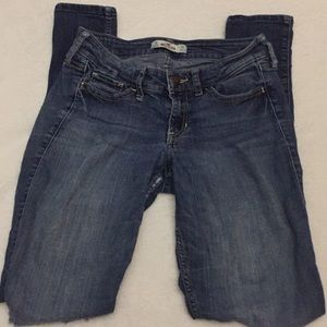 Hollister women's jeans size 1R. Ripped knees